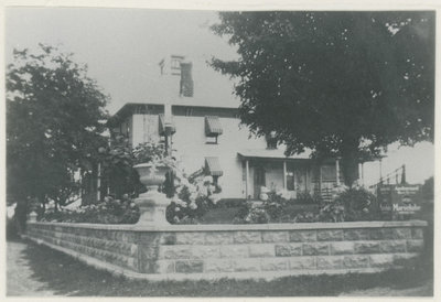 Newsome House