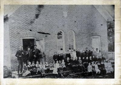 School group, Portland, Ontario