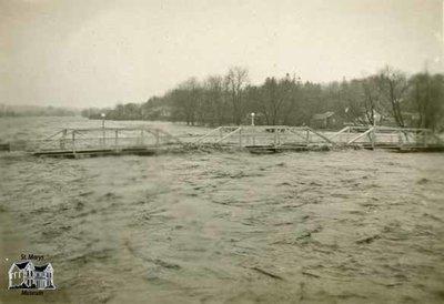 Flood of 1937, Park Street Bridge