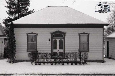 231 Thomas St., 1980s