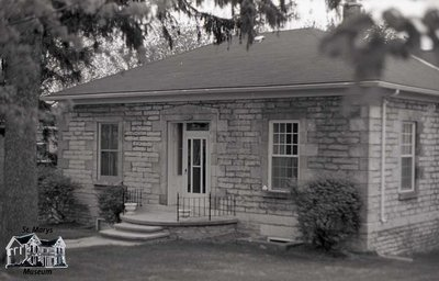 106 Wellington St. N., 1980s