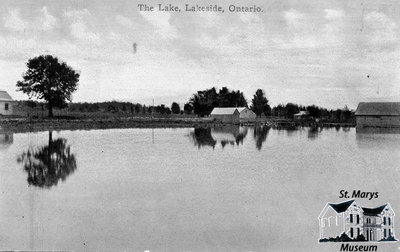 The Lake, Lakeside