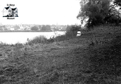 River Thames, October 1919