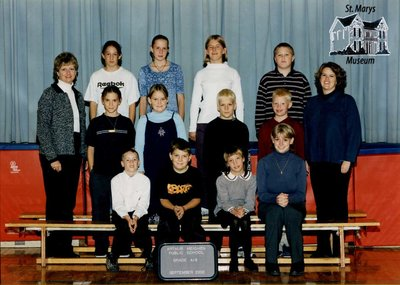 Arthur Meighen Public School Class Photo, Grade Four/Eight