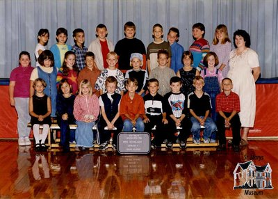 Arthur Meighen Public School Class Photo, Grade Four