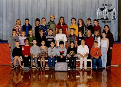 Arthur Meighen Public School Class Photo, Grade Five