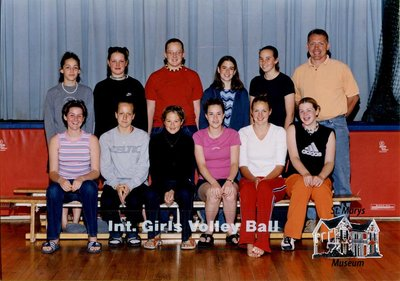 Arthur Meighen Public School Intermediate Girls Volleyball, 2000-2001
