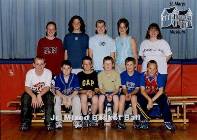 Arthur Meighen Public School Junior Mixed Basketball, 2000-2001