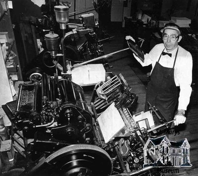 Ray Facey Shows Off Machines at the Journal Argus