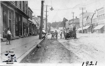 Paving Queen Street