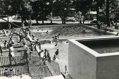 Cadzow Park Pool, ca. 1950