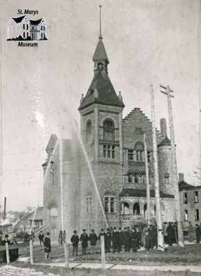 Town Hall during demonstration of the new waterworks, 1899