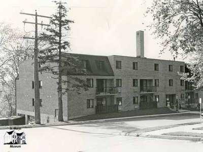 Knox Apartments