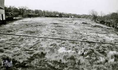Thames River during flood, 1947