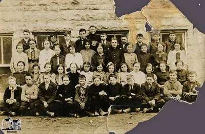 Miss Gordon's Central school class, 1914