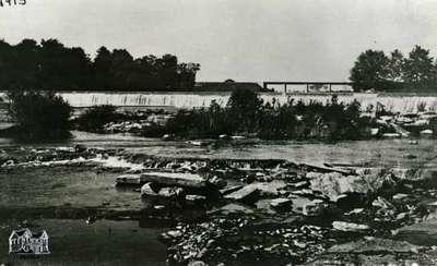 Dam, 1913