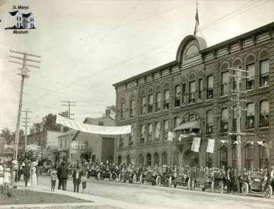 Queen Street in 1912
