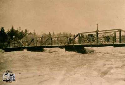 Park Street Bridge During 1937 Flood