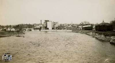 Aftermath of flood of 1937, taken from Park Street bridge