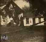 Mary McLeod Fairbairn and Nettie Fairbairn at farmhouse