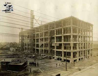 New Wrigley Building, Toronto while under construction (April 23, 1915)