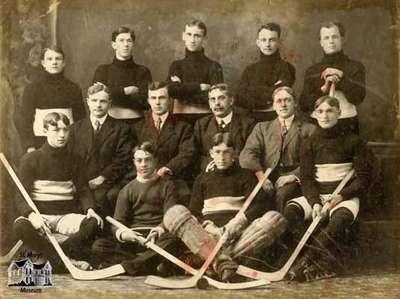 Hockey Team, 1906-07