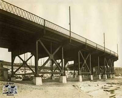 Concrete Piers - New Sunnyside Bridge at Toronto, Ontario