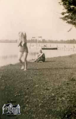 Beach, Lakeside (1930s or 40s)