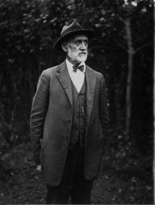Outdoor portrait of an unidentified older gentleman.