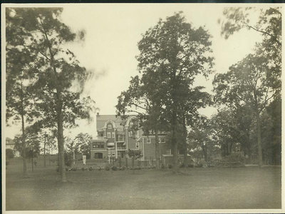 2929 Sheridan Rd., [336 Sheridan Rd.] Wilmette, view of the back of the house [east side]