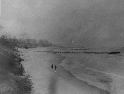 Wilmette beach about 1900