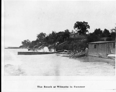 The beach at Wilmette in Summer