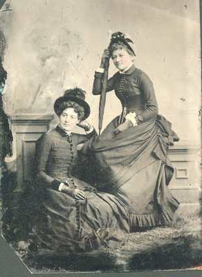 Florence Mitchell and Tib Mallory about 18 years old