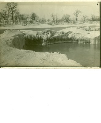 Photograph of the Wilmette beach in winter, about 1920