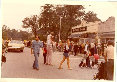 Street scene showing Smithfield Foods grocery store