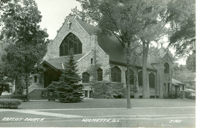 Postcard showing Wilmette Baptist Church (Community Church of Wilmette)