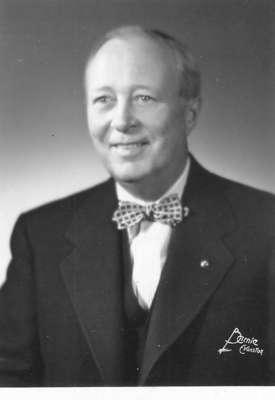Lloyd Frank Hollister (1892-1979) oral history