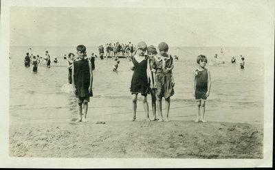 Children on Wilmette beach about 1918