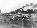 GARDEN CITY, paddle steamer, at Port Dalhousie