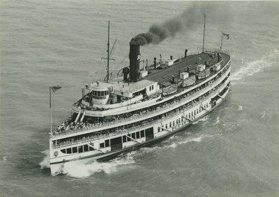 PUT IN BAY (1911, Excursion Vessel)