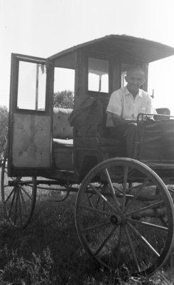Arthur Linke in Buggy