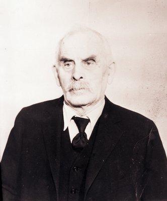 Adam Ludewig, Portrait