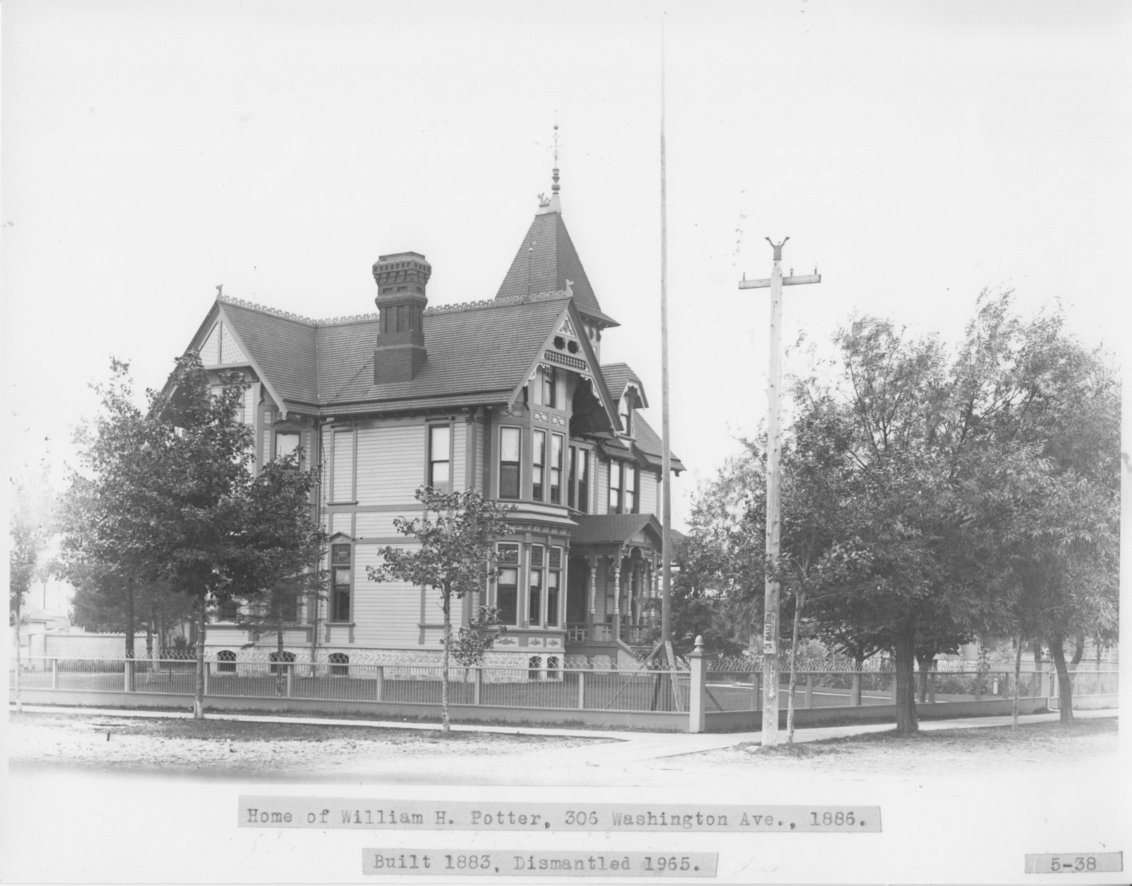 Potter Home on Washington Avenue, Alpena, Michigan