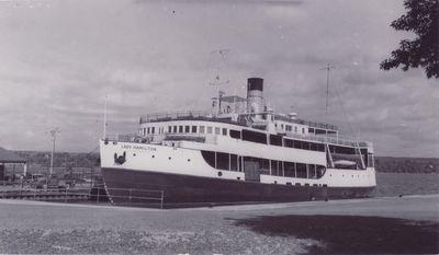 CADILLAC (1928, Ferry)