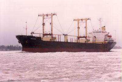 EASTERN PACIFIC (1977, Ocean Freighter)