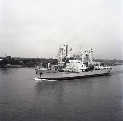 GERTRUD TEN DOORNKAAT (1962, Ocean Freighter)