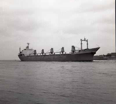 GRACE L. (1971, Ocean Freighter)