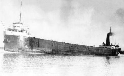 ARTHUR H. HAWGOOD (1907, Bulk Freighter)