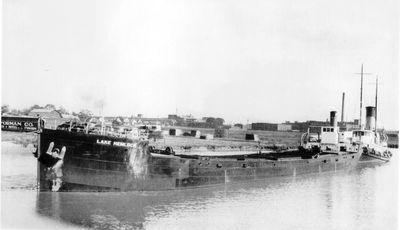 LAKE HEMLOCK (1918, Bulk Freighter)
