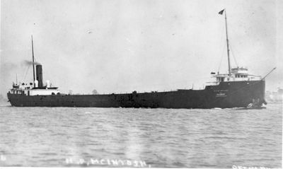 H.P. MCINTOSH (1907, Bulk Freighter)